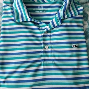Vineyard vines golf polo size small. In excellent